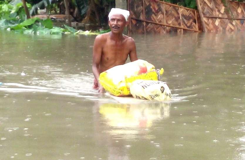 असम में बाढ़ की स्थिति गंभीर, बिग बी ने दिए 51 लाख