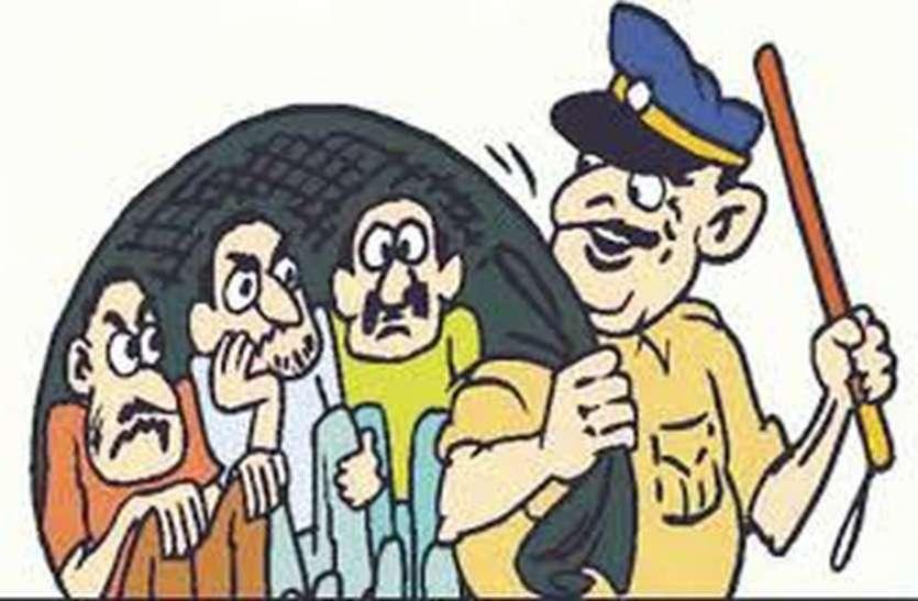 surat news : कोसाड़ आवास में पुलिस ने चलाया तलाशी अभियान