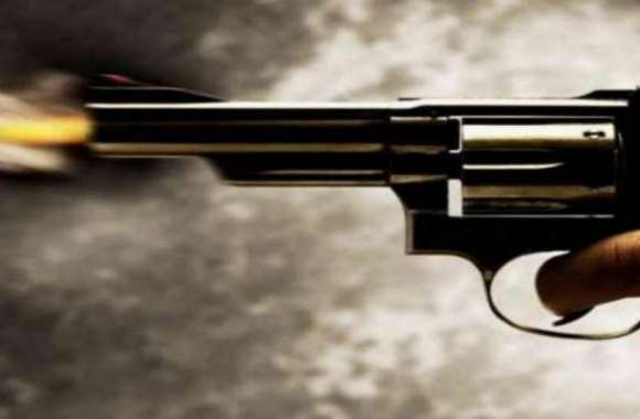 नामकरण कार्यक्रम में चली गोलियां, पिता समेत 2 की हत्या, कई घायल