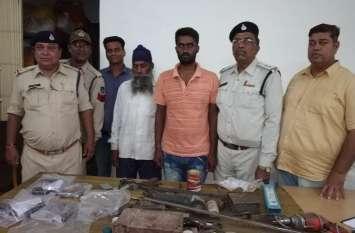 गुना के खरीददार सहित पुलिस ने पिस्टल बनाने वाले सिकलीगर को दबोचा