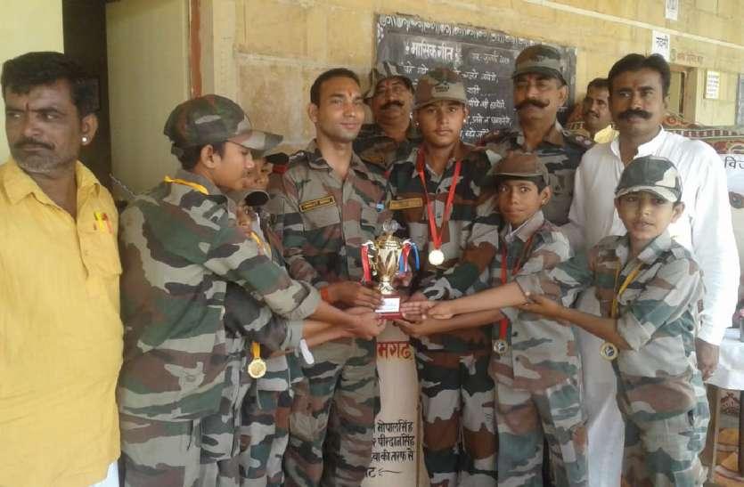 Kargil Vijay Divas 2019: वीरगति को प्राप्त हुए सैनिकों को दी श्रद्धांजलि,परिजनों को किया सम्मानित