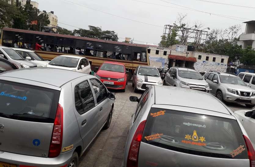 बहुमंजिली पार्किंग प्रणाली कागजों में दफन