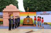 कारगिल दिवस पर अमर जवान ज्योति और इंडिया गेट बनाकर जवानों को दी गई श्रद्धांजलि, देखें तस्वीरें