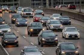 गाड़ी खरीदने के लिए चुकानी होगी ज्यादा कीमत, सरकार बढ़ा सकती है रजिस्ट्रेशन फीस, जानें कितनी होगी बढ़ोत्तरी