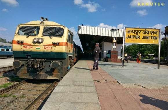रेल यात्रियों को हुई असुविधा तो अधिकारियों के खिलाफ कार्रवाई