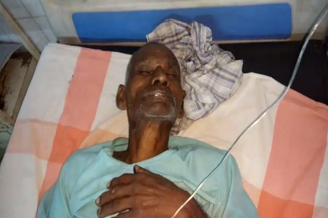 old man sick after eat pakora