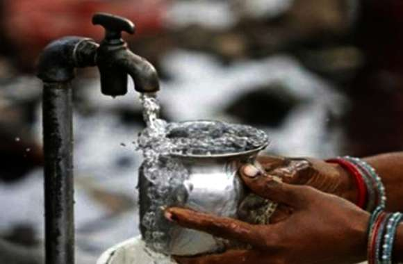 जिले में उपभोक्ताओं को अब पेयजल के लिए ढीली करनी होगा जेब, नगर निगम हर घर में लगाएगा वाटर मीटर