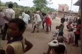 videoअच्छी बारिश के लिए सावन के मंगलगीत गाकर किया सैरा नृत्य