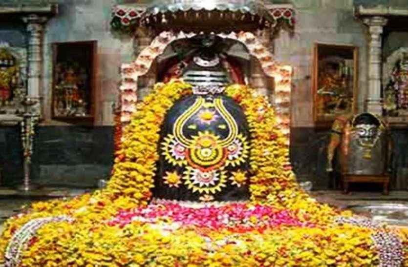 इस मंदिर में है विश्व का सबसे बड़ा गलियारा, कुंड में नहाने से दूर हो जाते हैं रोग