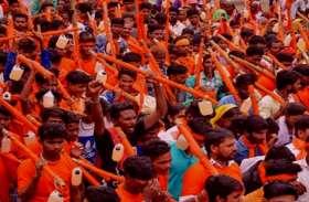 सावन में 'भगवा' से नहीं, इस रंग के कपड़ा पहनकर पूजा करने से खुश होते हैं भोले बाबा