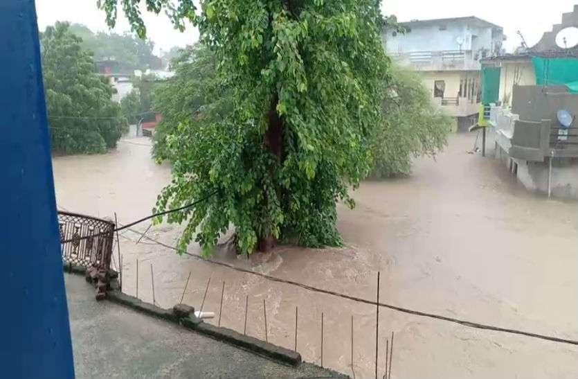 नर्मदा समेत कई नदियां उफान पर, NDRF की टीम तैयार,  24 घंटे में 27 जिलों में भारी बारिश का अर्लट जारी