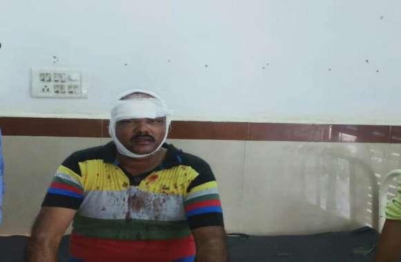 Breaking : व्यापारी की आंखों में मिर्ची डालकर दिन दहाड़े लूट, लोगों में आक्रोश