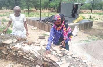 मजदूरी करके मकान बनाने वाली कुशल कारीगर बन गई यह महिला