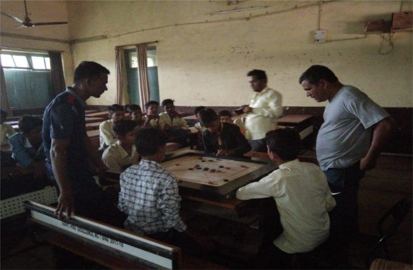 ब्लॉक स्तरीय प्रतियोगिता में दिखाया जौहर, जिला के लिए सौ विद्यार्थी चयनित