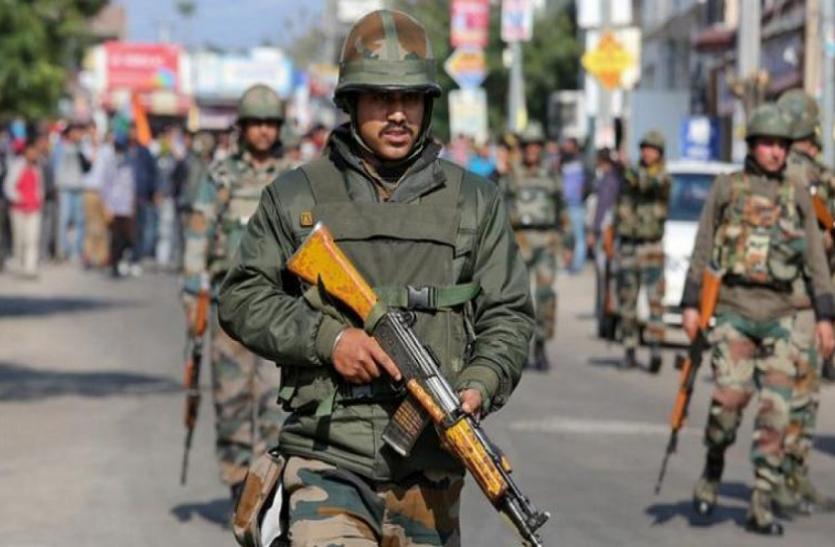 जम्मू-कश्मीर के शोपियां में आतंकियों के साथ मुठभेड़ में एक जवान शहीद