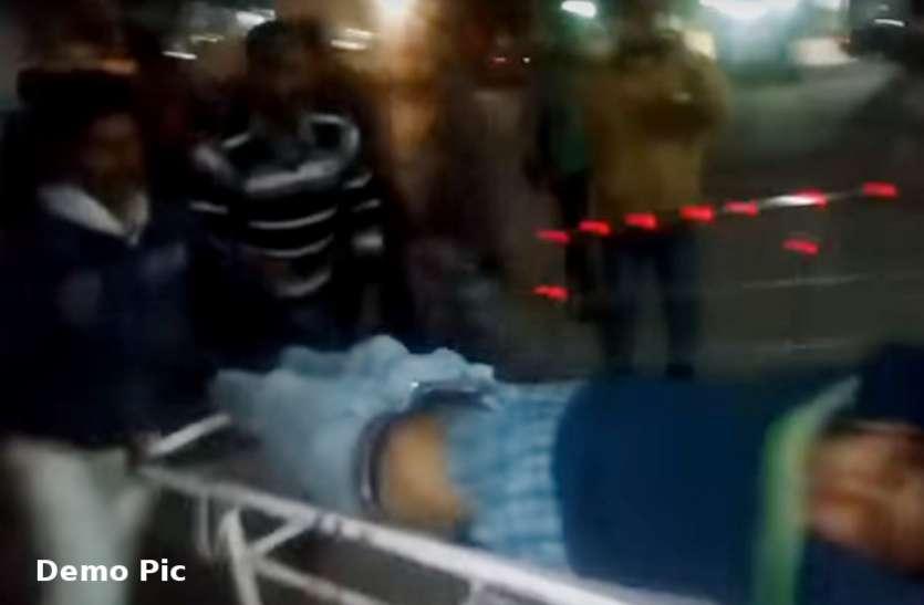 बांसवाड़ा : तेज रफ्तार डंपर की चपेट में आने से युवक की दर्दनाक मौत, रैफर के दौरान रास्ते में तोड़ा दम
