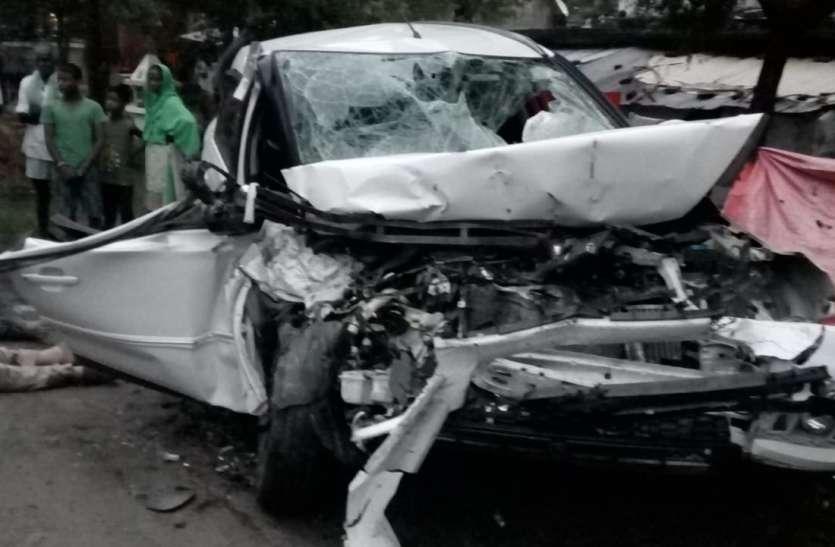 सिद्धार्थनगर के दो इंस्पेक्टर की सड़क हादसे में मौत, कई गंभीर