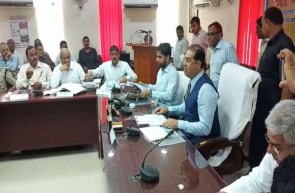 मंत्री मोहसिन रजा की उपस्थिती में 550 करोड़ की परियोजनाओं को मिली स्वीकृति