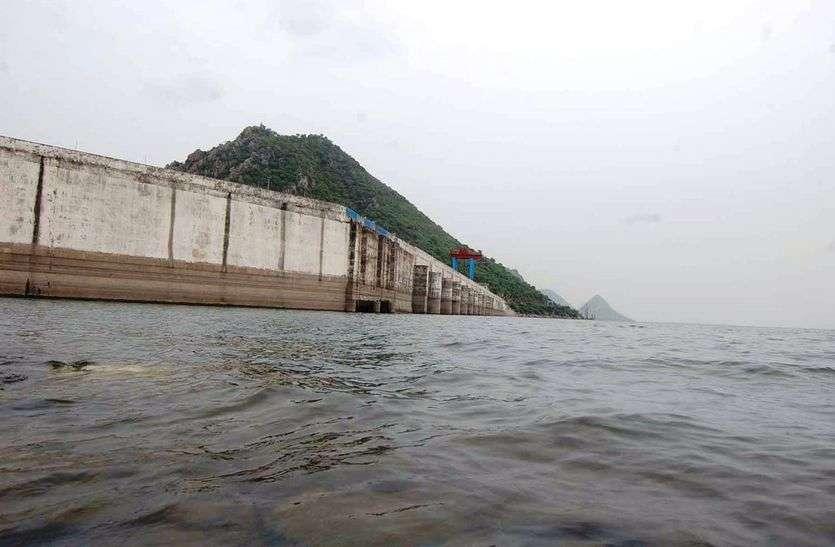 बीसलपुर बांध : 12 घंटे में आया 2 सेमी पानी