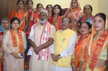 #BjpFirozabad फिरोजाबाद में भाजपा प्रदेश अध्यक्ष बोले समाप्त होंगी क्षेत्रीय पार्टिंया, उप चुनाव के लिए भाजपा ने तैयार की रणनीति, देखें वीडियो