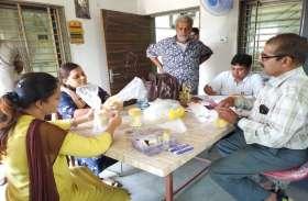 रतलाम में कोल्ड स्टोरेज पर 29 टोकरी में रखा 800 किलो मावा सीज