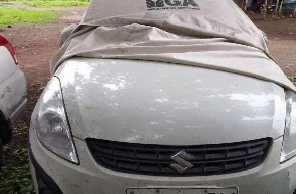 लूट के मामले में जिस कार को पुलिस दो दिन से ढूंढ रही वह थाना परिसर में ही खड़ी मिली