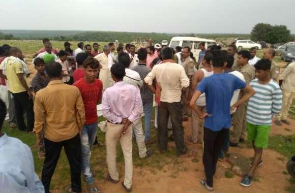 घर से पिकनिक मनाने कुसियरा फॉल गये दो छात्रों की डूबने से मौत