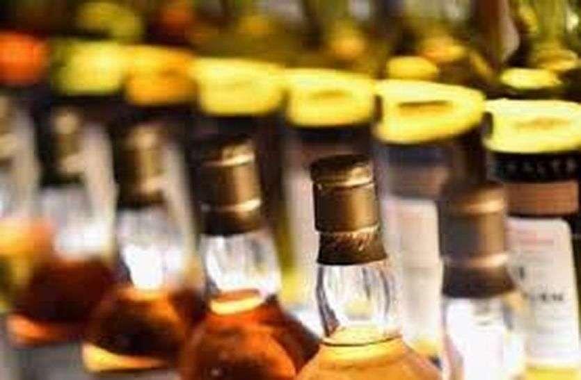 बीकानेर में शराब ठेकों पर वर्दी में दिखेंगे सेल्समैन