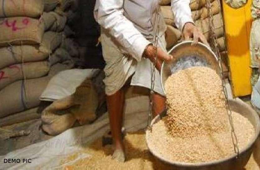 इस गांव में 4 वर्षों में मुर्दे खा रहे लाखों का सरकारी राशन, जानकर उड़ जाएंगे होश