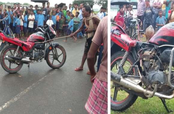 Video: सांप की खींचने लगे फोटो तो घुस गया बाइक में, नहीं निकला तो सांप समेत नशेड़ी दौड़ाने लगा बाइक, फिर हुआ ये
