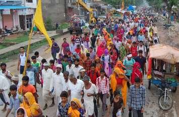 कल्याणधणी की पदयात्रा में उमड रहा आस्था का सैलाब