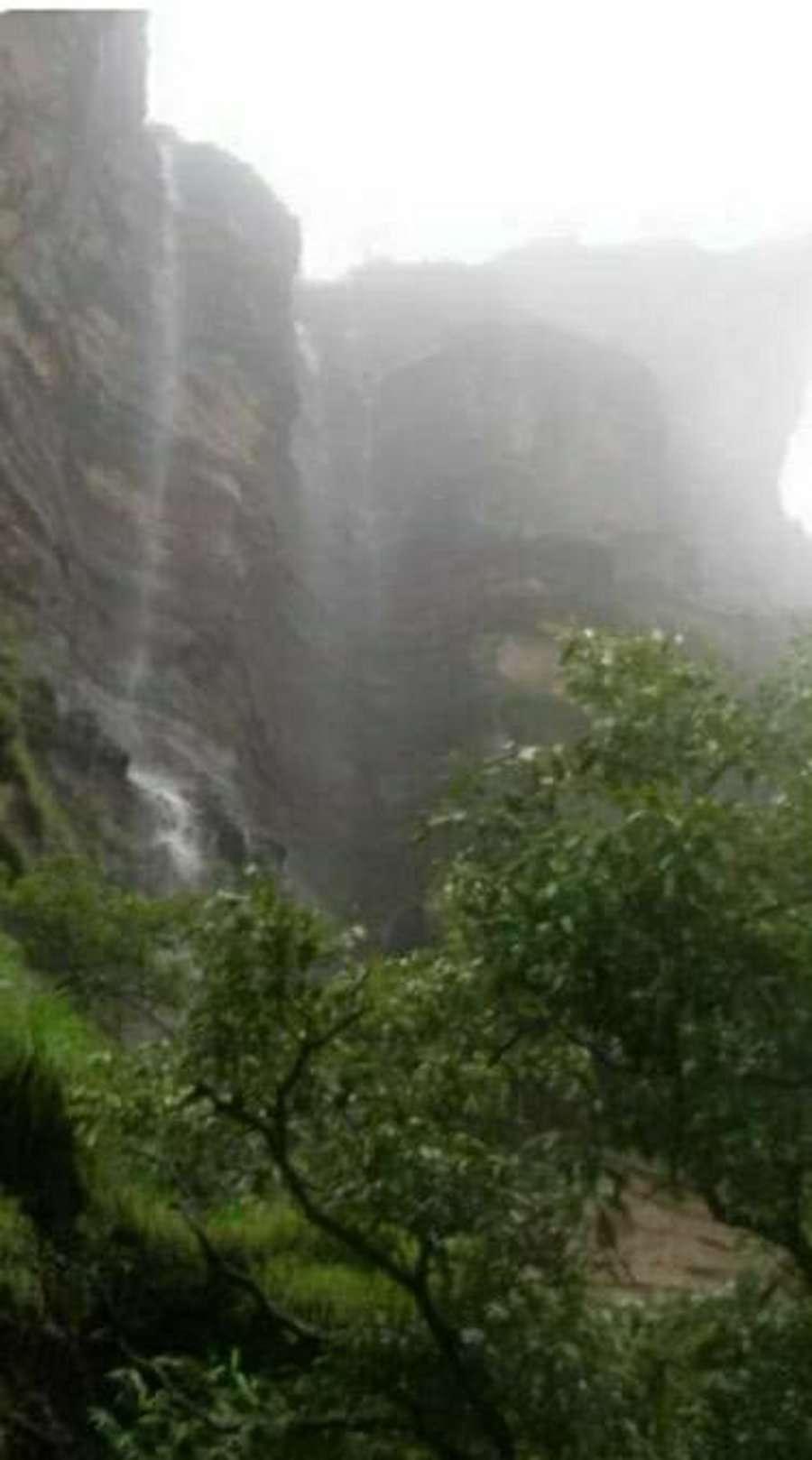 Water filled in Jatashankar temple due to rain in Pachmarhi