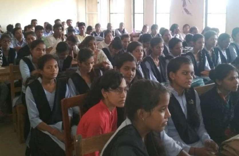 कॉलेज विद्यार्थियों ने मलेरिया उन्मूलन में दिए भाषण