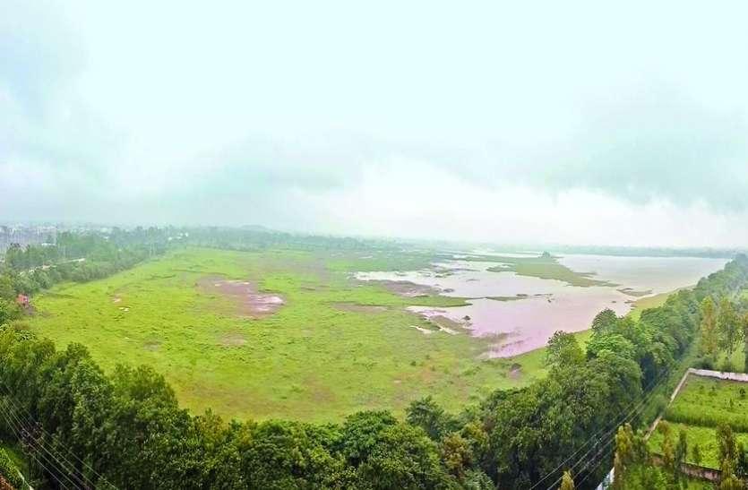 बिलावली तालाब की लिंबोदी और मुंडी चैनल सूखी, राऊ-कैलोद व करताल की ओर से आ रहा पानी