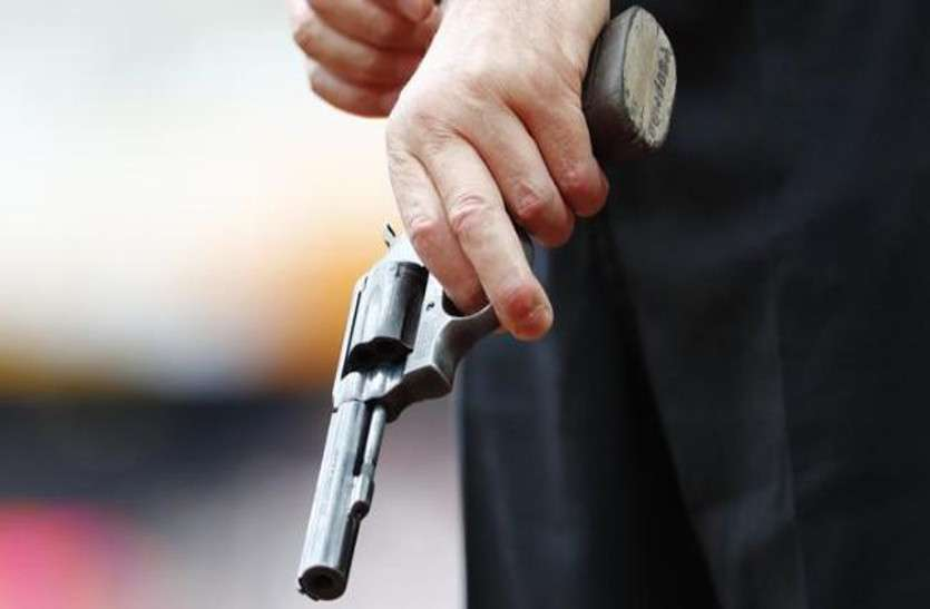 370 का जश्न मना रहे बजरंगदल पदाधिकारी को गोली मारने वाले मध्यप्रदेश से गिरफ्तार, सामने आई और चौंकाने वाली बातें