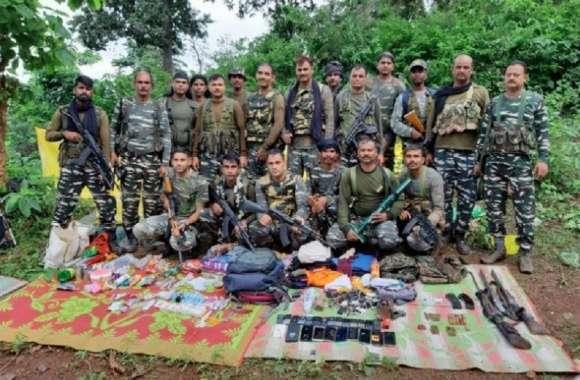 Naxalite: मुठभेड़ में एक नक्सली ढेर, तीन हथियार भी बरामद