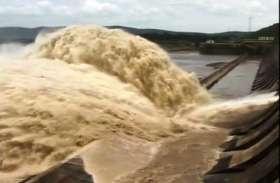 Odisha: बाढ़ की चपेट में आकर तीन की मौत, 1.3 लाख लोग प्रभावित