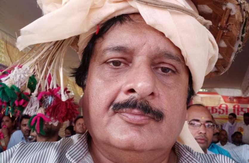 पूर्व मंंत्री पुष्पराज सिंह ने कहा आदिवासी परम्पराओं को सहेज लद्यु फिल्म के माध्यम से लोक संस्कृति का प्रसार हो