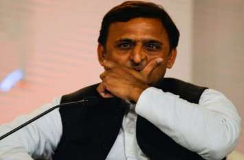 सपा के इस सांसद ने दिया भड़काऊ बयान, कहा- देश में खौफ के बीच जी रहे हैं मुस्लिम, हम बेसहारा
