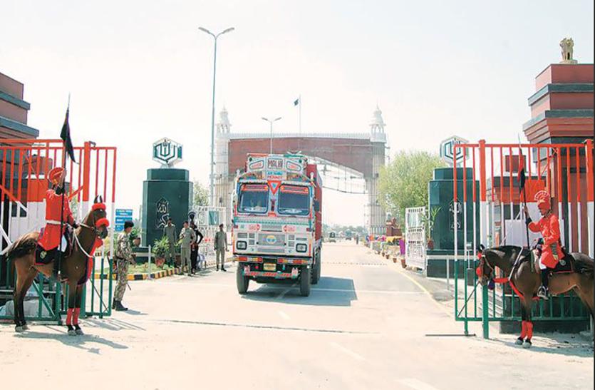 आज से थम जाएंगे वाघा के रास्ते पाकिस्तानी व्यापार के पहिए, इस वजह से अब सामान नहीं भेजेगा पड़ोसी