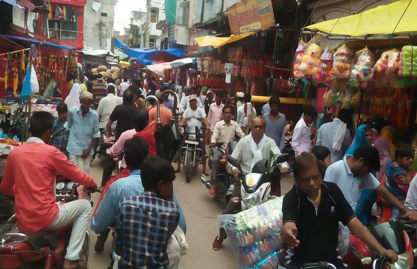 टीकमगढ़ में जाम के ऐसे हाल कि रेंग रहा शहर