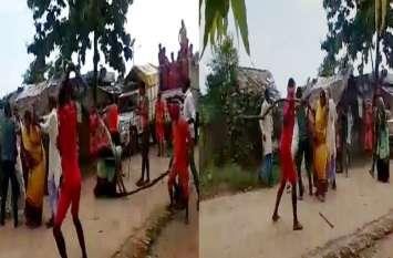 यूपी में कांवरियों का उत्पात, महिला और ग्रामीणों को दौड़ा दौ़ड़ाकर पीटा, VIDEO