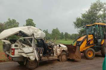 सोनभद्र में भीषण सड़क हादसा, ट्रक- बोलेरो की टक्कर में एक की मौत, नौ घायल
