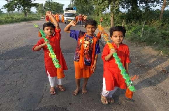 शिव नगरी में सबसे बड़ा एक दिवसीय भूतनाथ मेला का आयोजन, भक्तों की लगी भीड़
