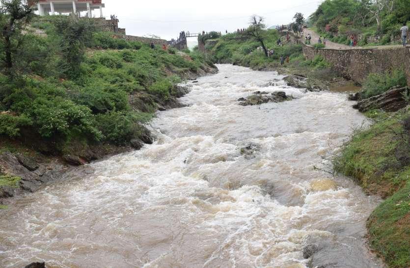मेवाड़ में थमा बारिश का दौर, जलाशयों में आवक जारी, 3 फीट हुआ पिछोला का गेज