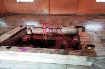 महादेव मंदिर से ताम्र कलश चोरी
