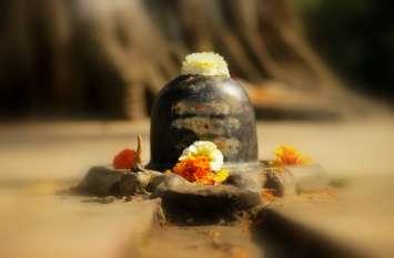 सोमवार को ऐसे करें भोलेनाथ को प्रसन्न, बरसेगा धन, खुल जाएंगे किस्मत के द्वार