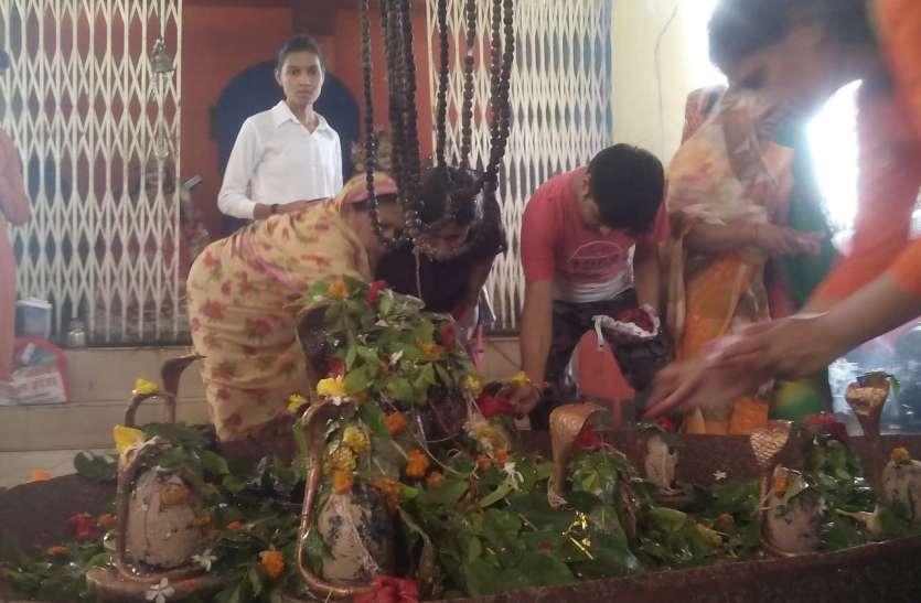 अंतिम सावन सोम की पूजा में उमड़े शिवभक्त