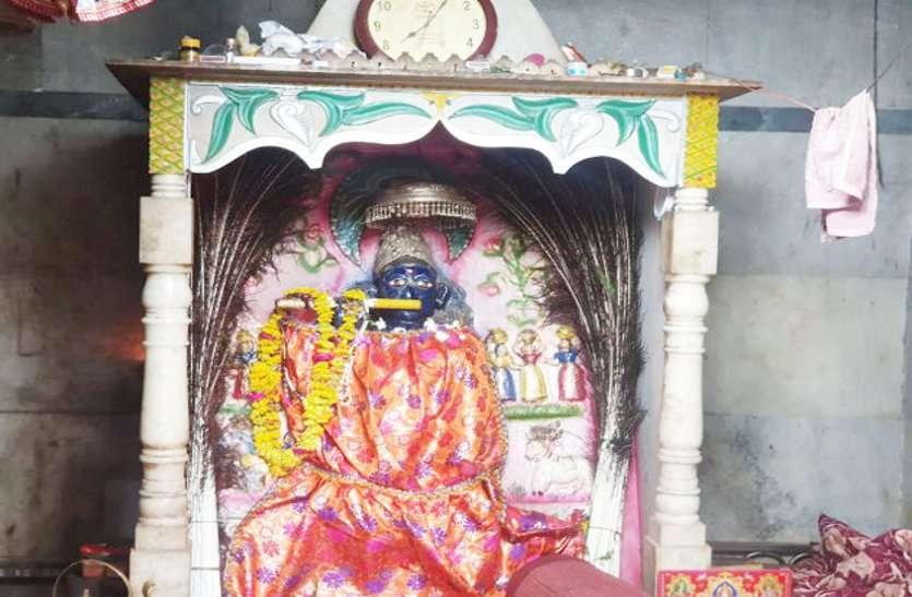 मुरैना में मुश्किल में फंसे भगवान श्री कृष्ण और उनके भाई बलदाऊ, हो गई इनके साथवारदात