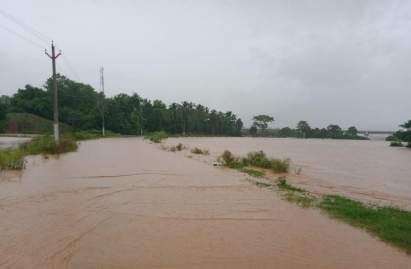 ओडिशा में हो रही भीषण बारिश, 8 की मौत, यह ट्रेनें हुईं रद्द